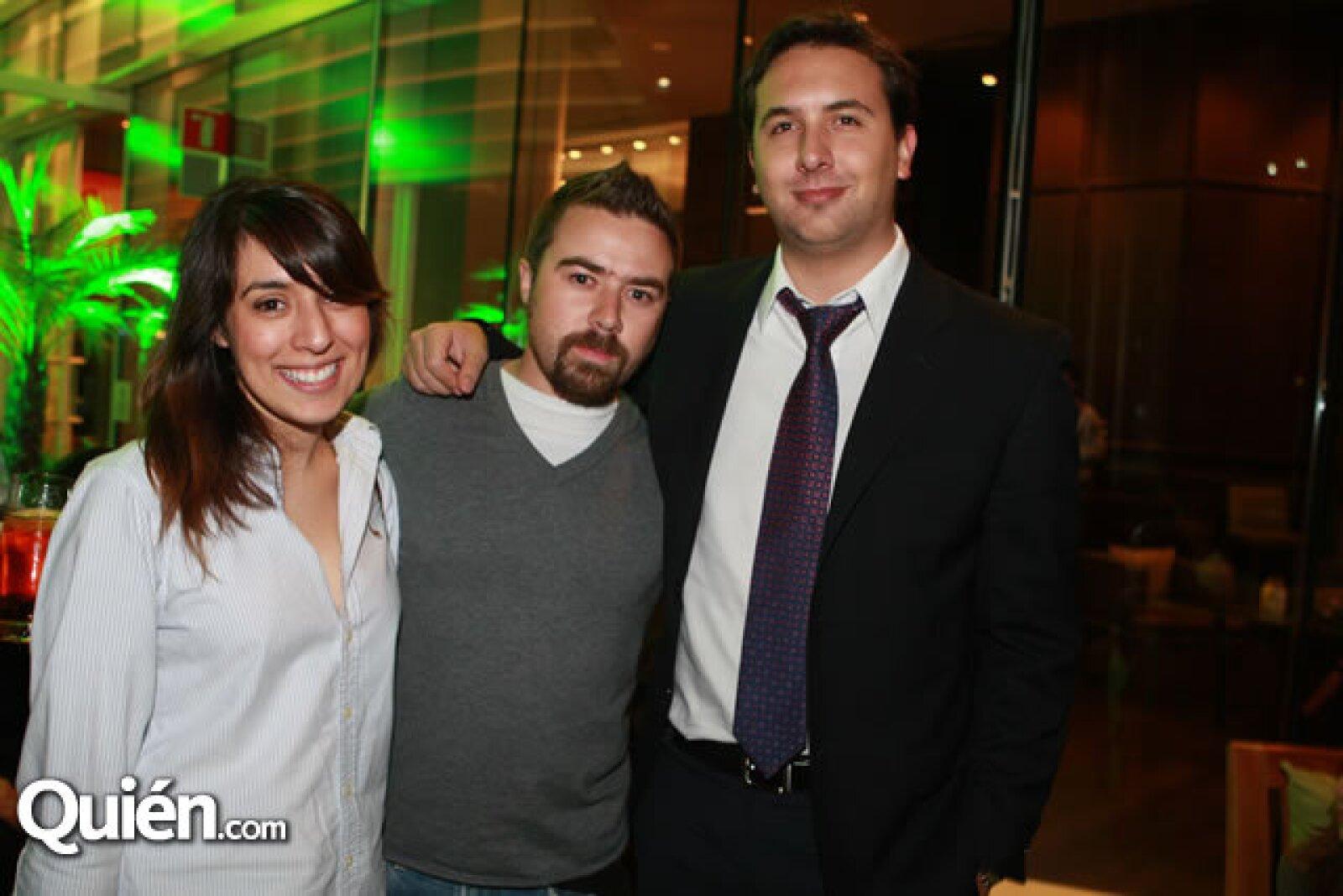 Cristina González, Vicente Gómez y Javier Cebrián