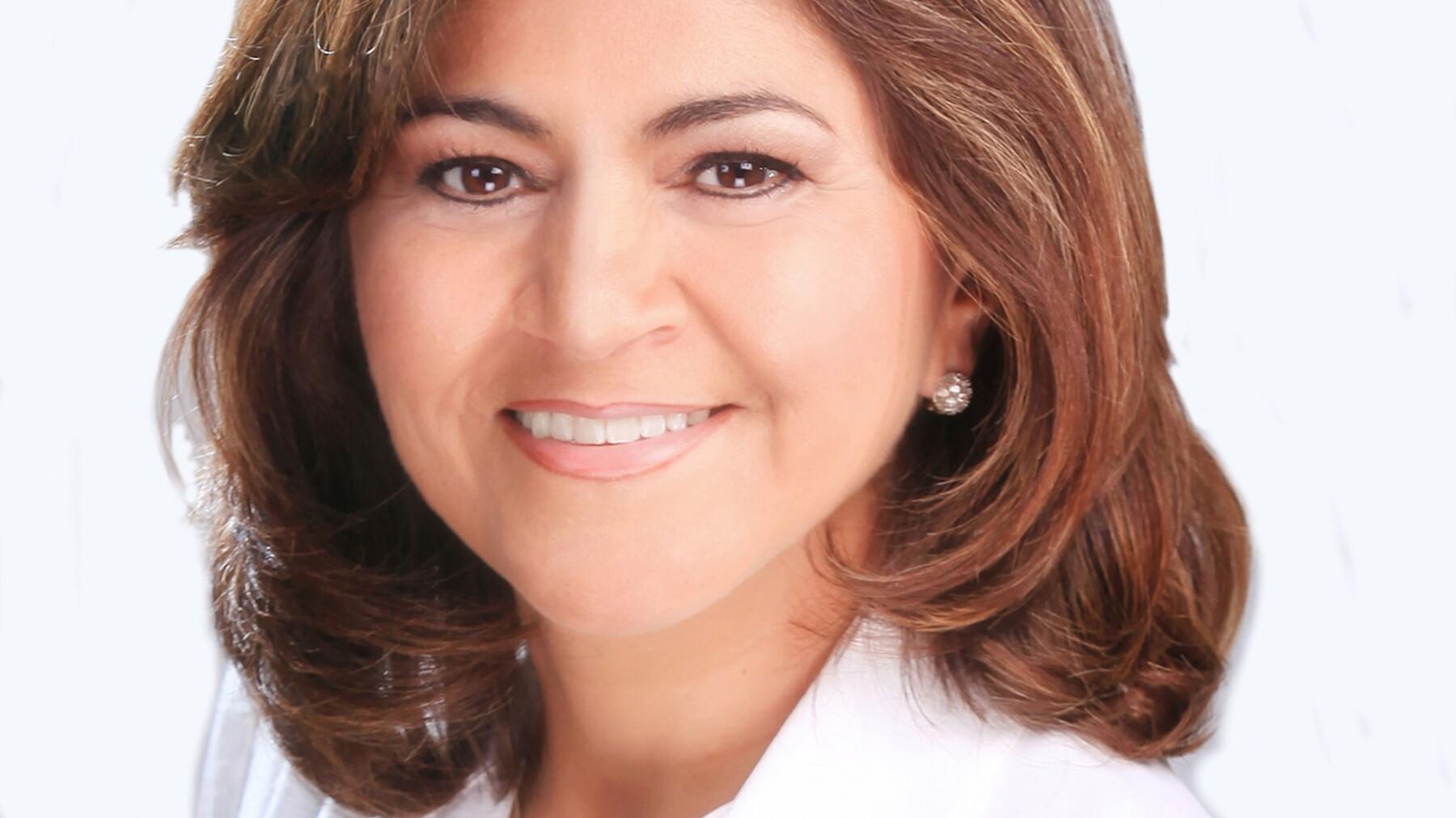 La candidata de Morena a gobernadora de Aguascalientes, Nora Ruvalcaba, considera que el empleo y la corrupción son los temas que primero se deben atender.