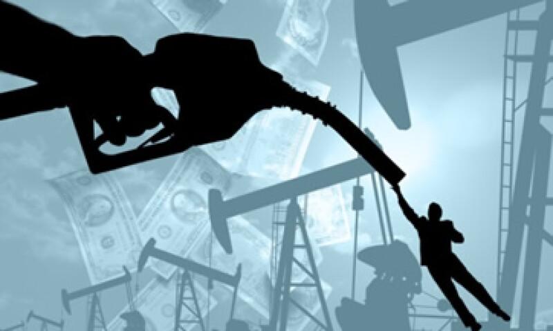 El petróleo también subió ante las esperanzas de que la Fed impulsará una tercera ronda de estímulo monetario. (Foto: Thinkstock)