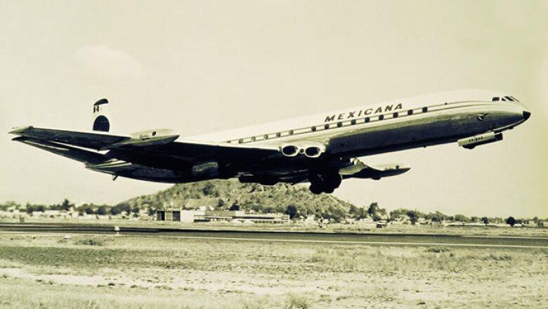 Charles Lindbergh  realizó el primer vuelo de Mexicana de Aviación.