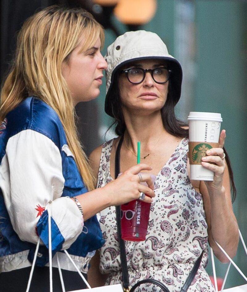 Demi Moore impactó al mostrarse así cuando paseaba por Nueva York con sus hijas.