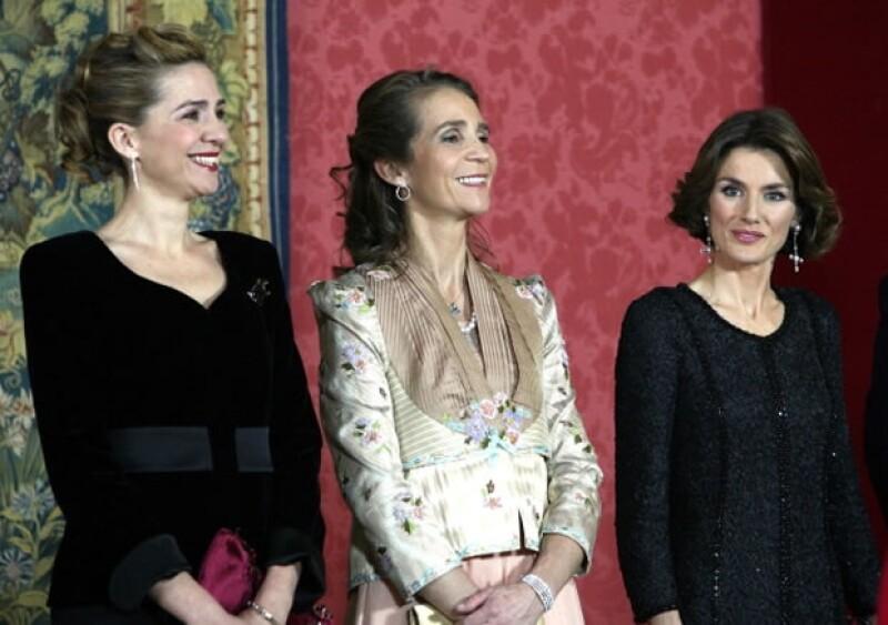 Se sabe bien que Letizia no lleva la mejor relación con sus cuñadas.