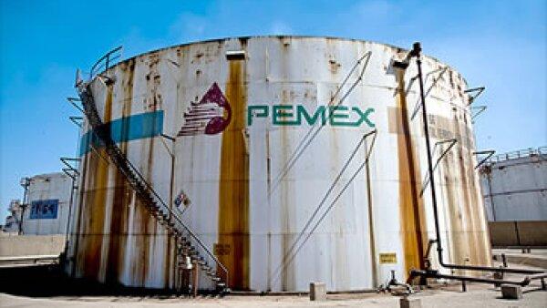 Las aportaciones de Pemex representan el 32% de los ingresos del Gobierno mexicano. (Foto: Cortesía CNNMoney.com)