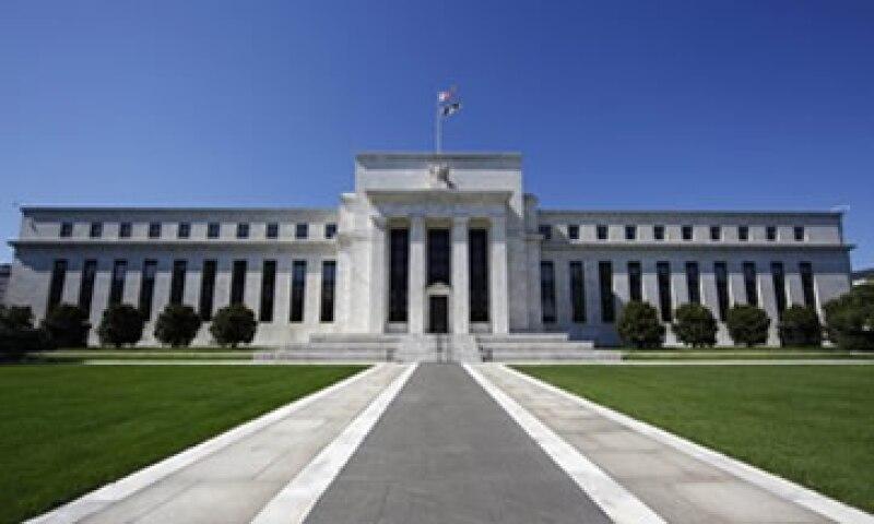 El estímulo tuvo el mismo efecto sobre los mercados que una rebaja sustancial de la tasa de interés, dijo Bullard. (Foto: Reuters)