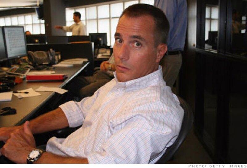 Mark Madoff en la oficina del fondo de inversión de su padre en 2005. (Foto: Cortesía: CNNMoney)