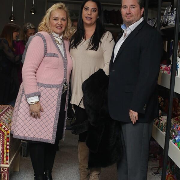 Esperanza Alanís,Joanne Sánchez y Humberto Pulido