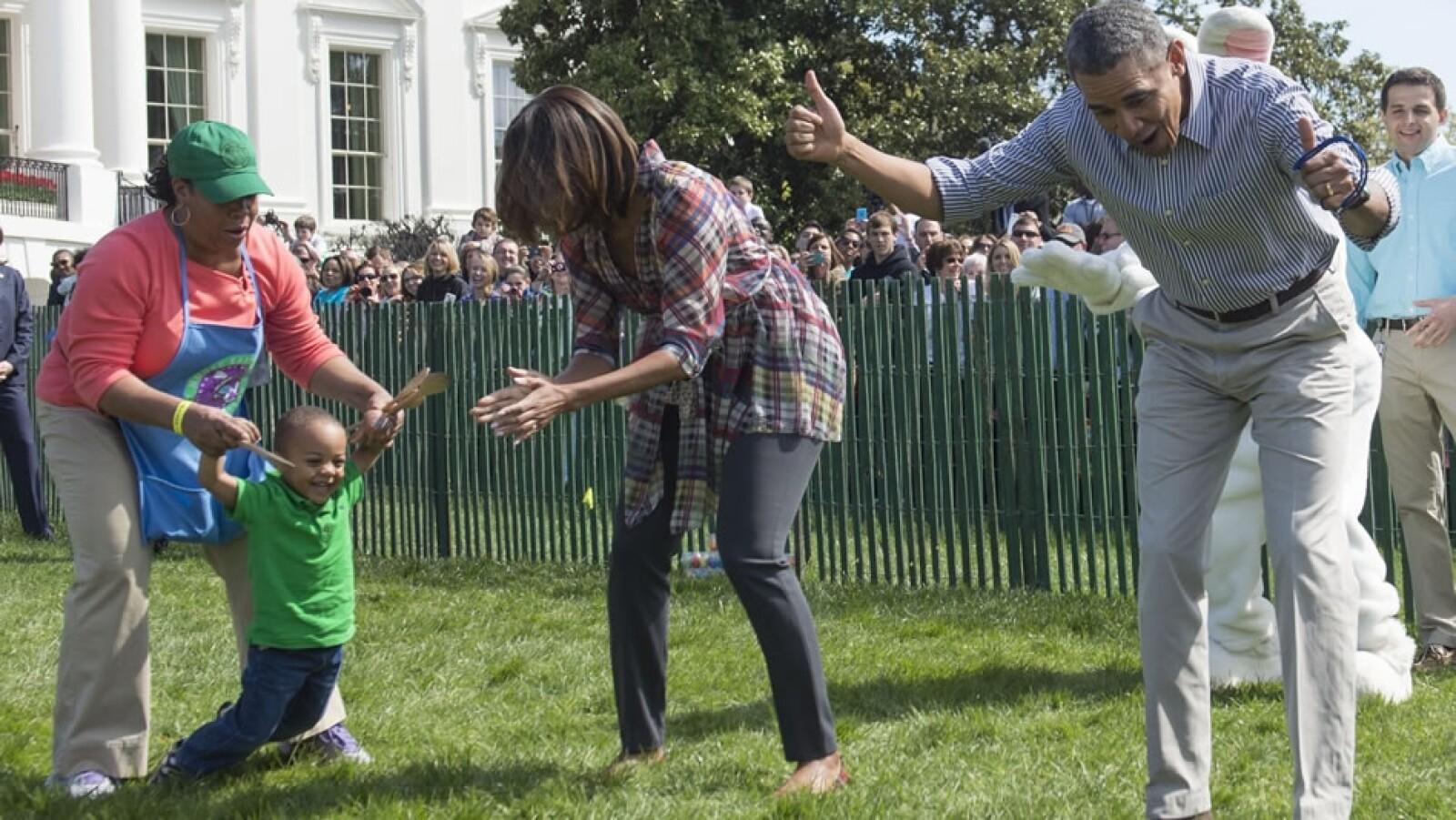 Barack y Michelle Obama reaccionan luego de que un menor encontrará un nuevo en la competencia anual estadounidense
