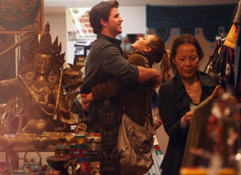 Liam y Miley parecían muy enamorados, sin embargo parece que sus problemas comenzaron cuando ella lo presionó para llevar su noviazgo al siguiente nivel.