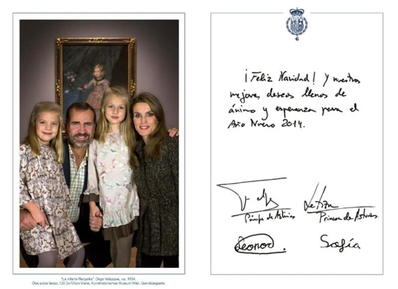 Como cada año, los reyes Juan Carlos y Sofía, al igual que los Príncipes de Asturias y las dos pequeñas infantas, mandaron la tradicional tarjeta navideña para desear felices fiestas.