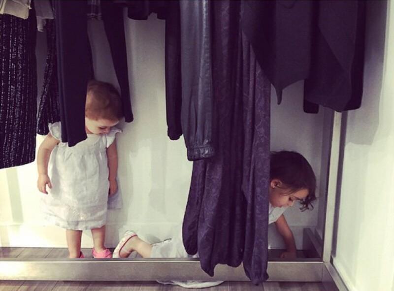 Olivia y Penélope tan fashionistas como su mamá, Karla Guindi.