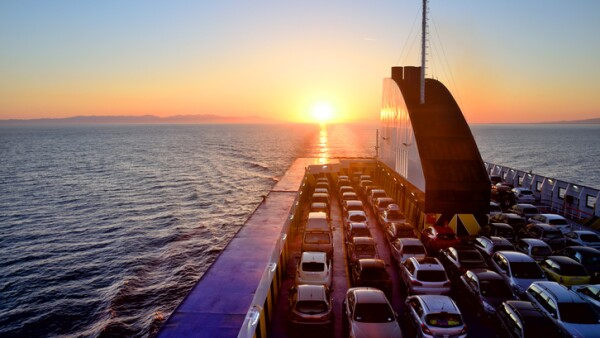 Transporte de automóviles por mar