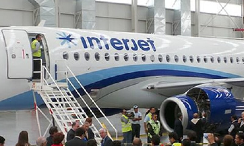 La aerolínea llevó a cabo una oferta pública de hasta 10 millones de certificados bursátiles. (Foto: Tomada de Facebook.com/interjet.mx)