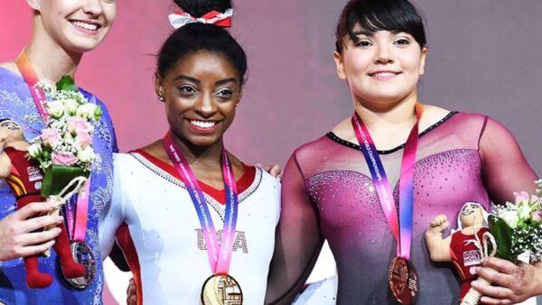 Medalla Alexa Moreno