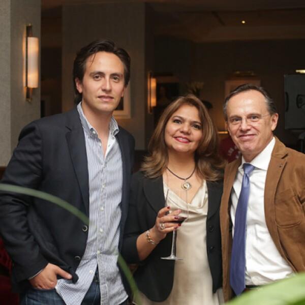 Diego Madrid,Cristina Gutiérrez y Vicente Madrid