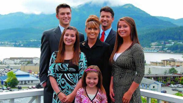 Track, Bristol, Willow, Piper son los hijos de la familia Palin.