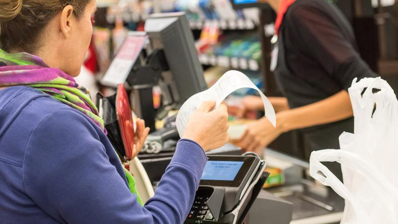 Estos son los tres indicadores que desvelan la desaceleración del consumo