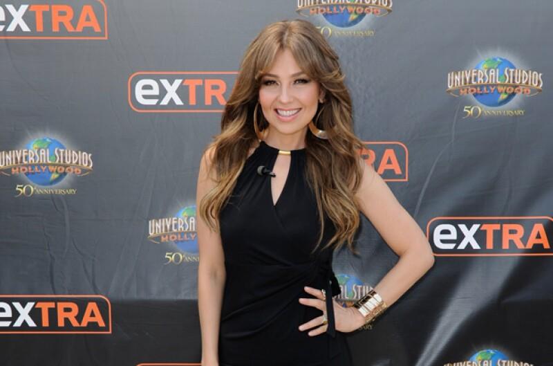 A pocos días de cumplir 45, la cantante mexicana presumió en su cuenta de Instagram su figura súper fit.