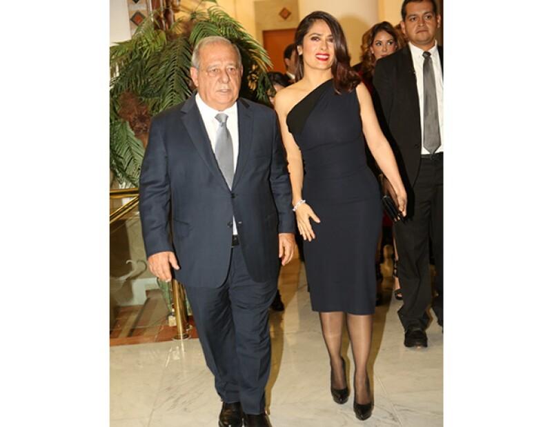 A Salma le otorgaron un premio en el Centro Libanés.