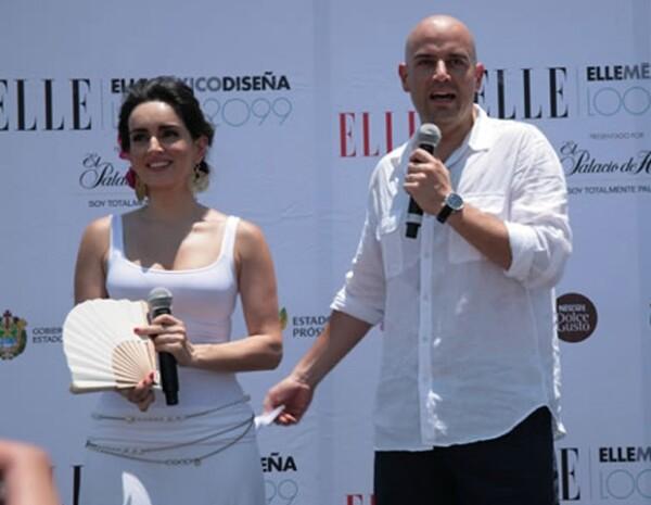 Ana de la Reguera con Manuel Rivera, director de Grupo Expansión, durante el evento.