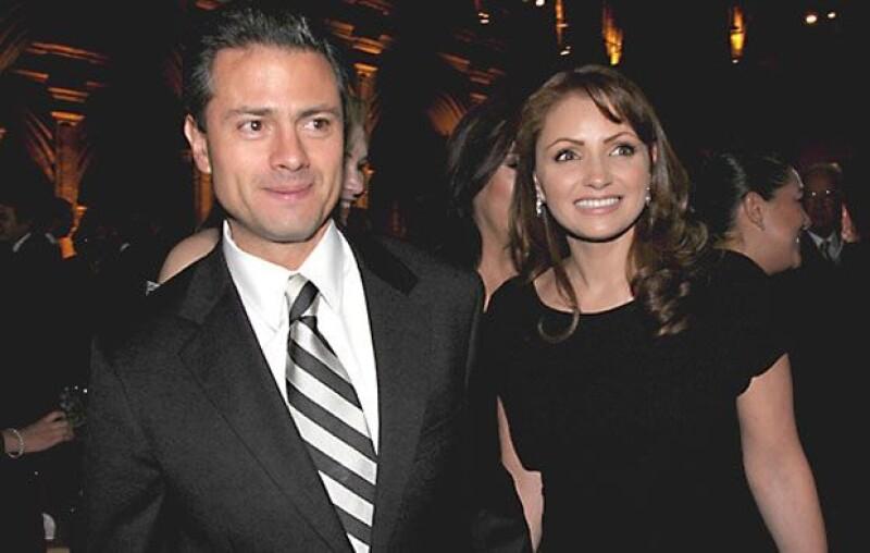 Al iniciar su noviazgo en 2008, Enrique Peña y Angélica Rivera se convirtieron en el centro de atención de los medios de comunicación.