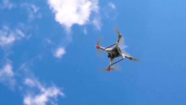 Uber planea hacer entregas mediante drones para 2021