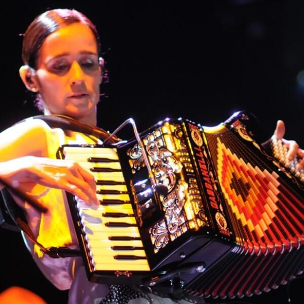 Julieta Venegas Vive 15