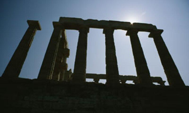 El acuerdo de rescate busca reducir la deuda de Grecia a 120.5% de su PIB. (Foto: Thinkstock)