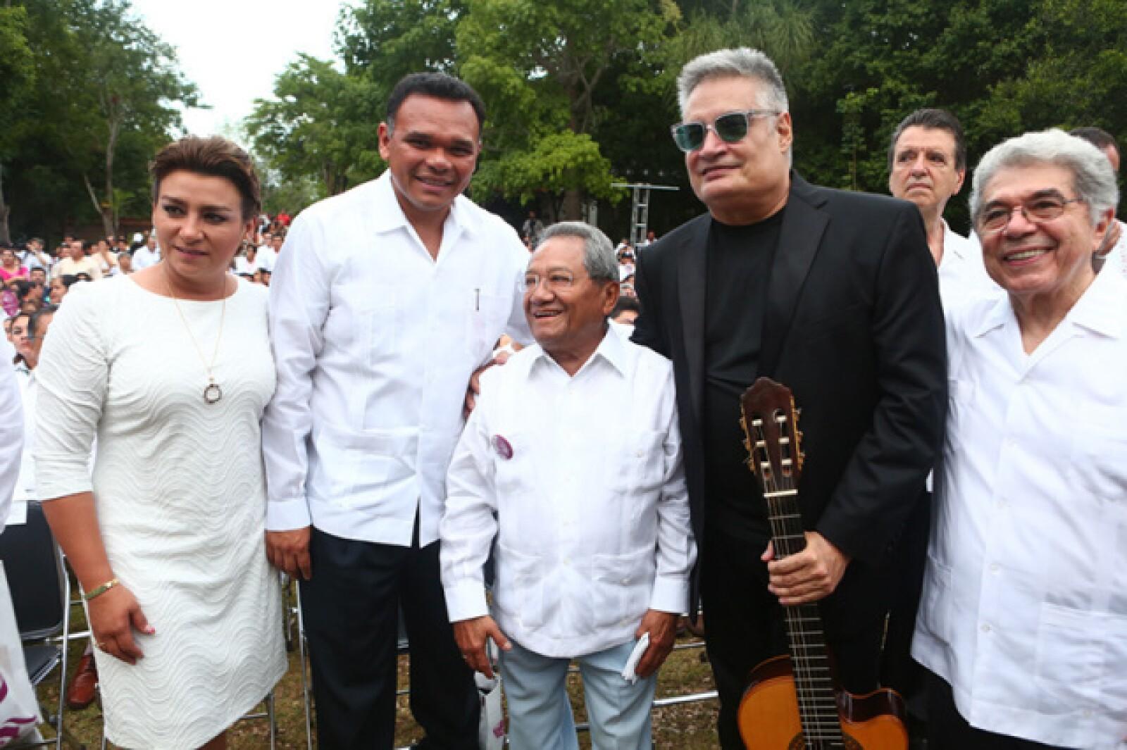 Sarita Blancarte, Rolando Zapata Bello, Armando Manzanero, Amauri Pérez y Jorge Esma