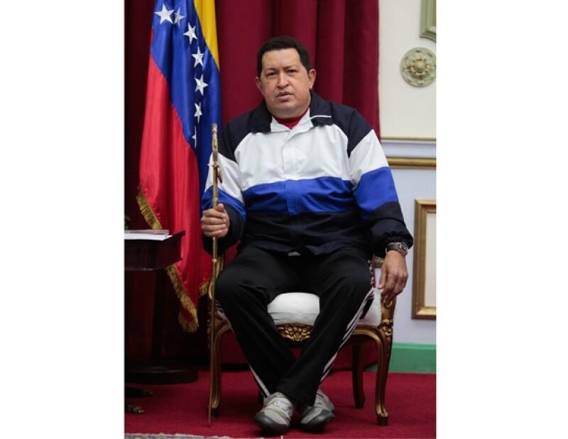 El estado de salud del presidente de Venezuela es delicado por complicaciones que no están exentas de riesgos, informó el vicepresidente de dicho país.