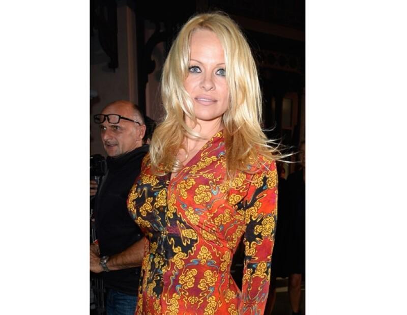 La actriz es conocida por su larga cabellera y cuerpo. Así se veía a finales de septiembre.