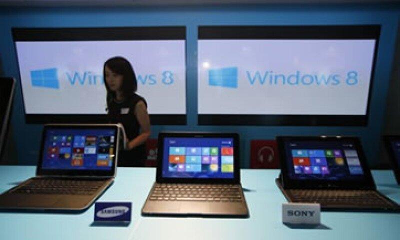 Para algunos expertos, el lanzamiento de Windows 8 no pudo lograr un impulso al mercado de la PC.  (Foto: AP)