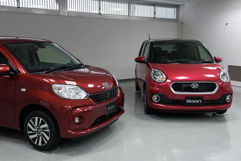 Toyota entra a la carrera de las automotrices por establecer sociedades con empresas de viajes a pedido.
