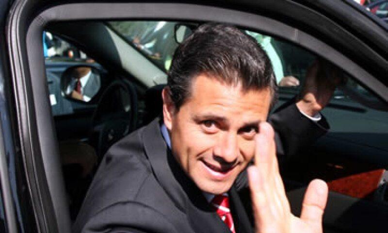 Enrique Peña Nieto considera fundamental incrementar los niveles de inversión en exploración y explotación. (Foto: Notimex)