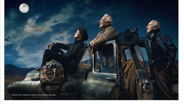 """""""Some journeys change mankind forever"""". Sally Ride, la primera mujer que estuvo en el espacio, Buzz Aldrin, el primero en pisar la luna y Jim Lavell, del Apollo 13, también son parte de la historia..."""
