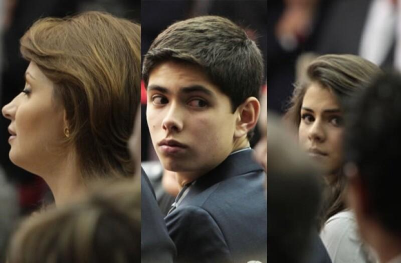 Angélica Rivera, Alejandro y Paulina Peña Pretelini acompañaron al ex Gobernador del Estado de México.