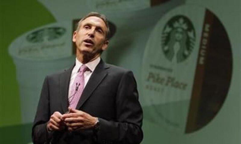 El directivo de la cadena de cafeterías criticó el áspero debate entre demócratas y republicanos para elevar el tope de endeudamiento. (Foto: Reuters)