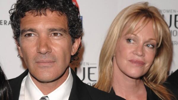 Tras un matrimonio de 15 años, los actores podrían enfrentar una separación, después de una supuesta infidelidad del español con una joven.