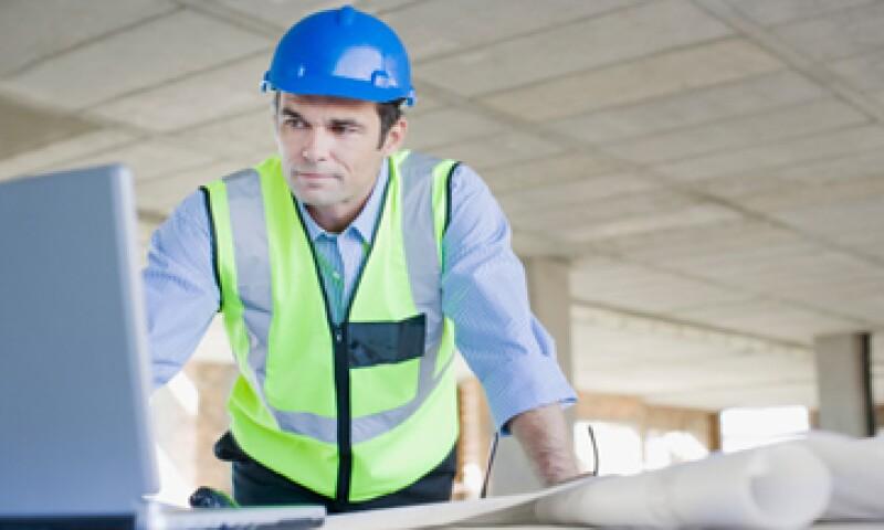 Las empresas buscan a profesionales con conocimientos técnicos y habilidades como liderazgo. (Foto: Getty Images)