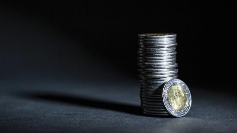 dinero economía impuestos