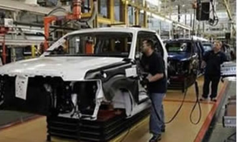 Las manufacturas sufrirán el primer impacto si EU cae en una nueva recesión. (Foto: Reuters)