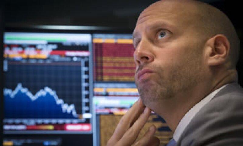 Las acciones estadounidenses cerraron la jornada del lunes con caídas de más de 3%.(Foto: Reuters)