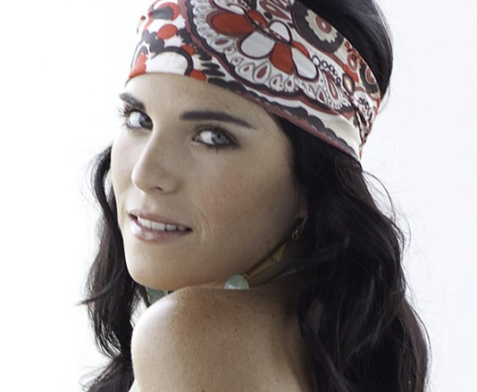 Karla comentó que le gusta el papel que realizará en La Novicia Rebelde pero dijo que no tiene nada en común con ella.