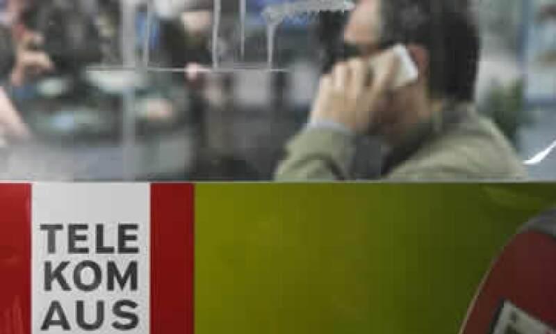El regulador de telecomunicaciones de Austria también examina el acuerdo. (Foto: Reuters)