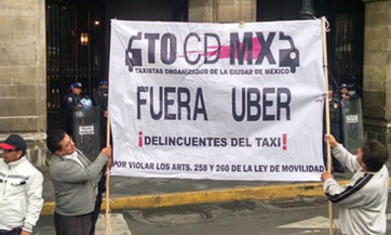 El jefe de gobierno del DF, Miguel Ángel Mancera, negó que haya una persecusión contra Uber y Cabify. (Foto: Jorge Eduardo Gómez )