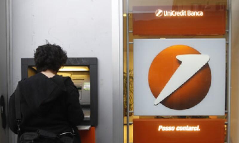 UniCredit es el primer gran prestamista que hace uso del mercado para fortalecer su balance de capital. (Foto: AP)