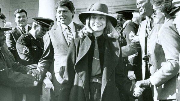 Hillary junto a Bill Clinton después de haberse convertido en primera dama de Arkansas en 1979.