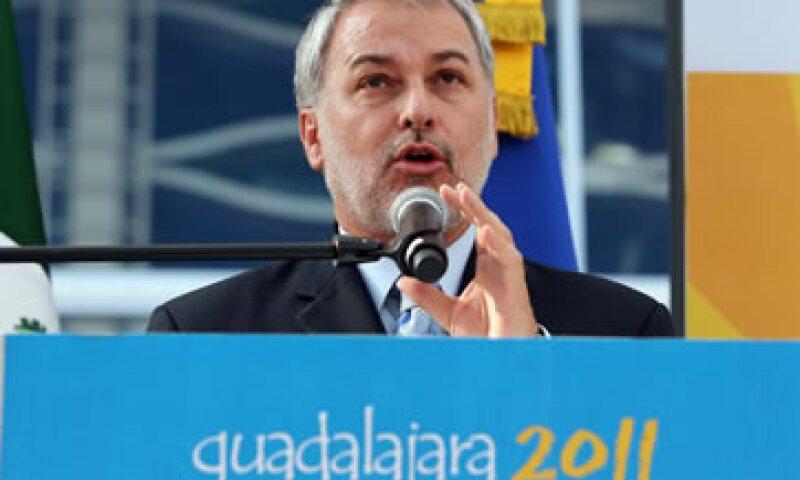 Emilio González aclaró que lo que falta por terminar son el estadio de balonmano, la pista de remo y canotaje y la pista de atletismo. (Foto: Notimex)