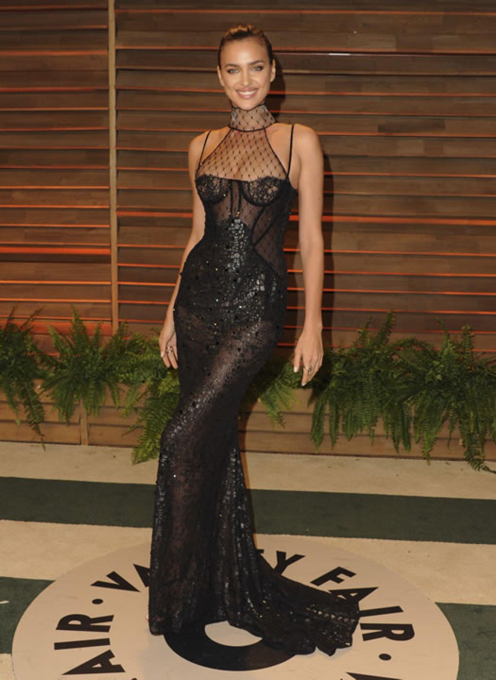 Irina Shayk, la novia de Cristiano Ronaldo, fue una de las figuras más espectaculares de la noche.