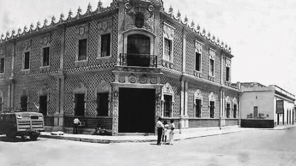 Museo de la Cd. Txlta, Gtez_blanco y negro
