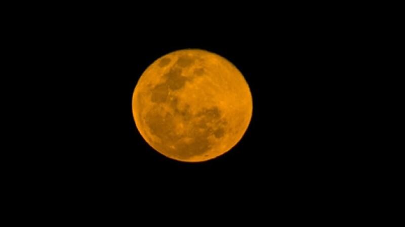 blood moon luna sangre